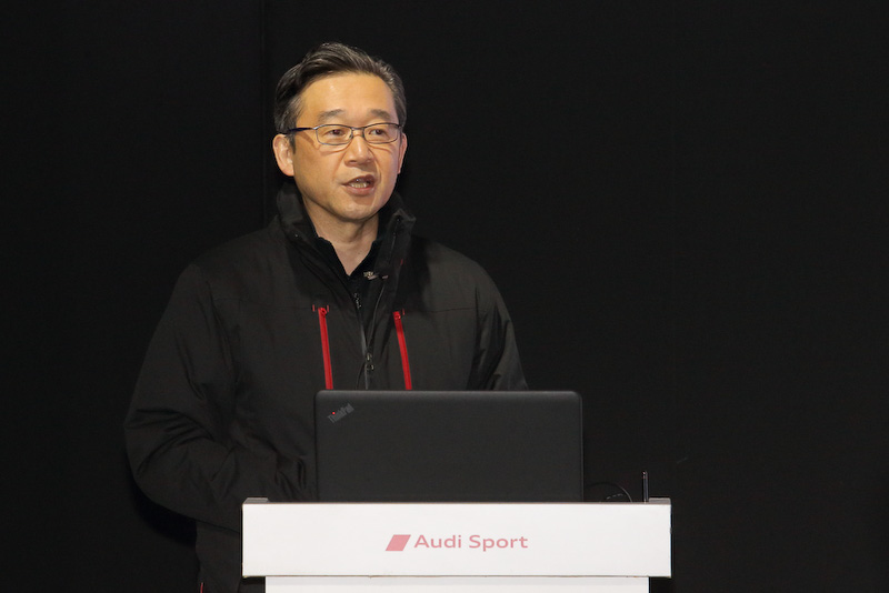 斎藤氏は「アブダビのヤス・マリーナ・サーキットで行われた勉強会で新型R8を試乗したが、ウェットコンディションでも楽しくワクワクできるクルマだった」と、試乗した感想を述べた