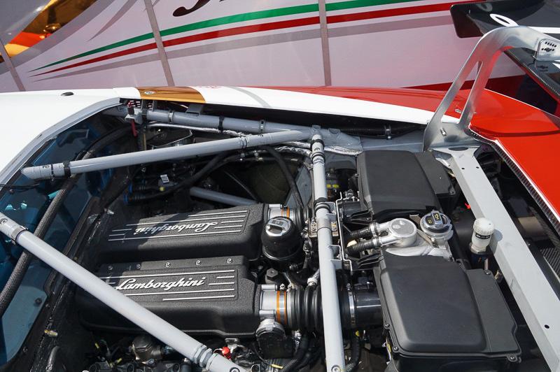 エンジンは110度V10 5.2リッターエンジン