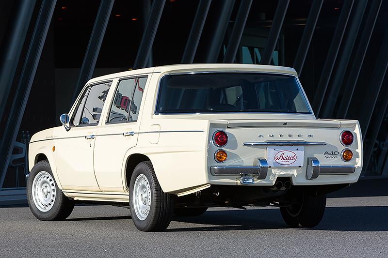 10周年記念車の「A10」