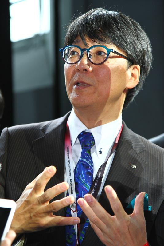 今回発表されたプリウス プライムを含め、4代目プリウスの開発責任者を務めた豊島浩二氏