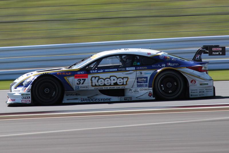 3位の37号車 KeePer TOM'S RC F(ジェームス・ロシター/平川亮組)