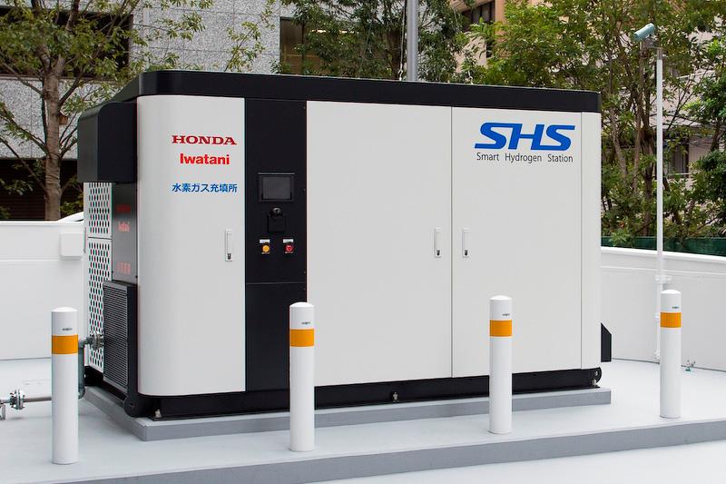 ホンダの青山本社ビルに設置されたパッケージ型「スマート水素ステーション(SHS)」