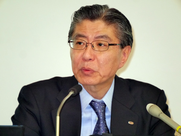 富士通 取締役執行役員専務兼CFOの塚野英博氏