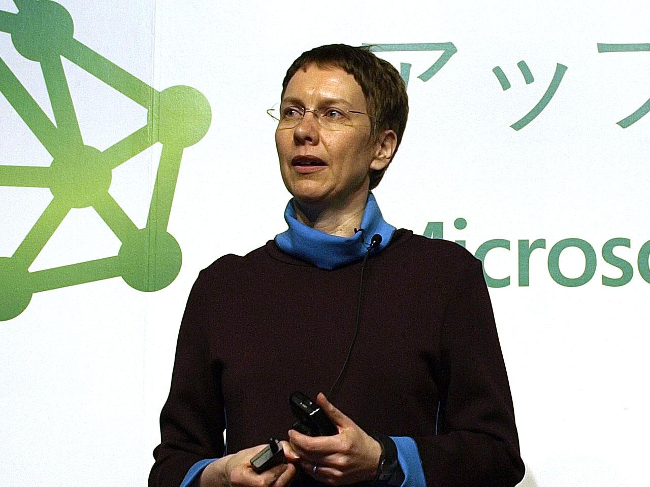 日本マイクロソフト執行役員政策渉外・法務本部長のスサンナ・マケラ氏