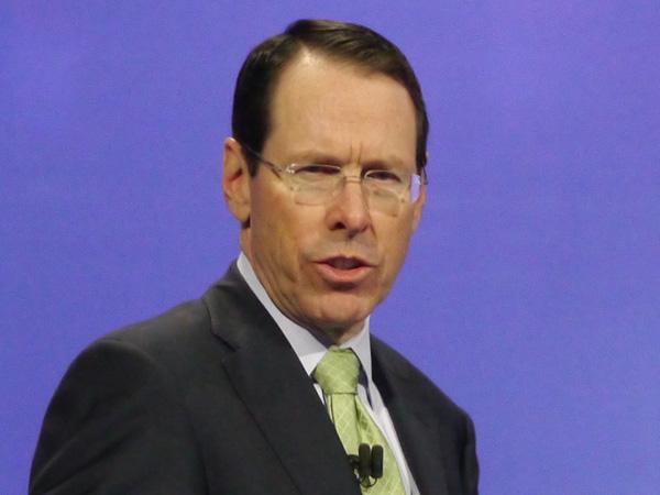 米AT&Tのランドール・スティーブンソン会長兼CEO