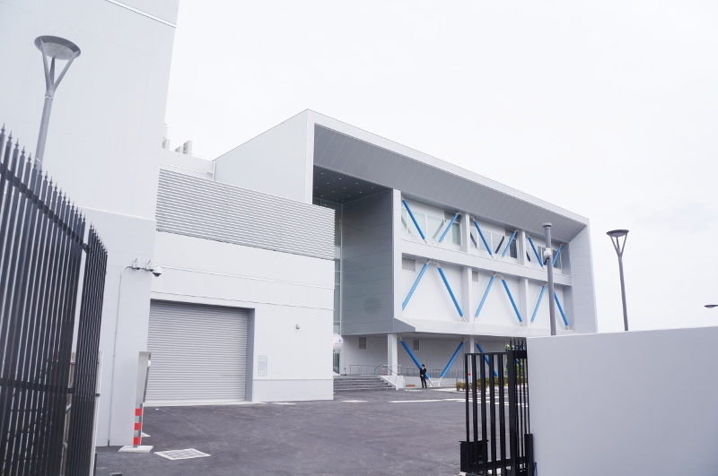 データセンター横の別館(コロケーション・データホール)