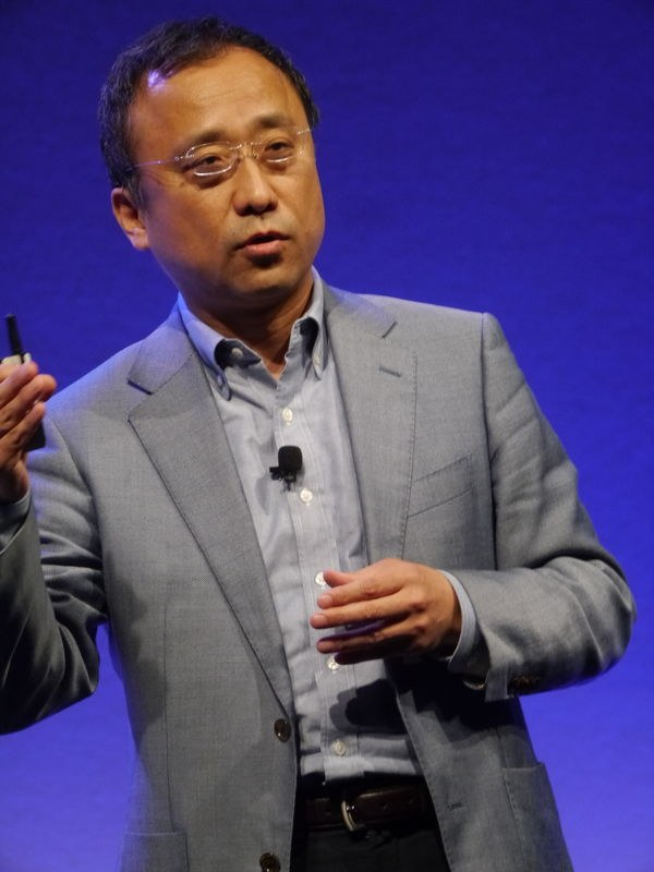日本IBM ワトソン&クラウドプラットフォーム事業部長の吉崎敏文執行役員