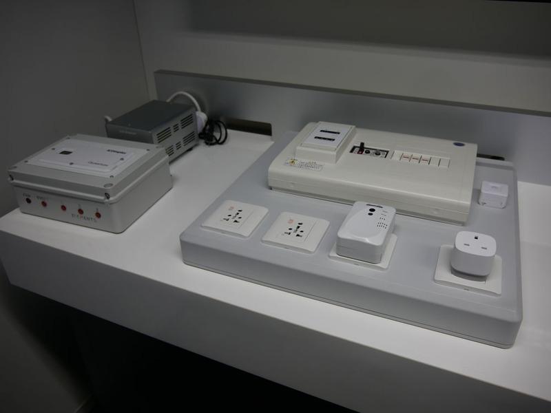 PoCなどに活用できるさまざまな機器が用意されている