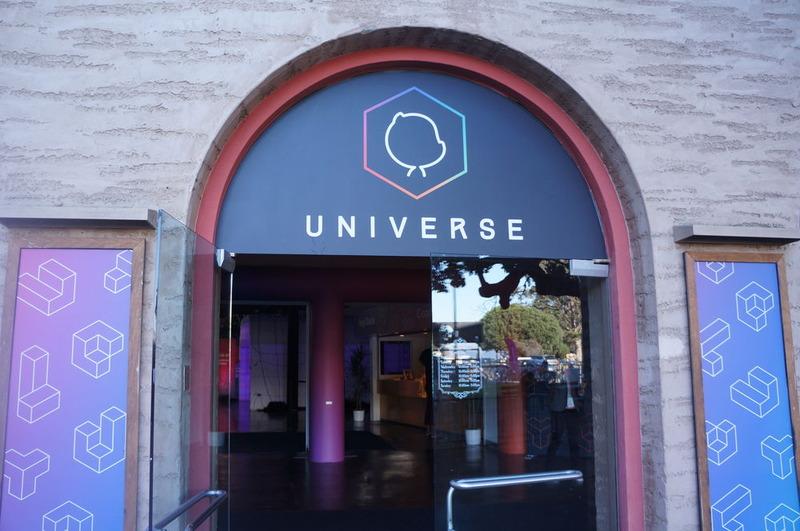 GitHub Universe会場入り口