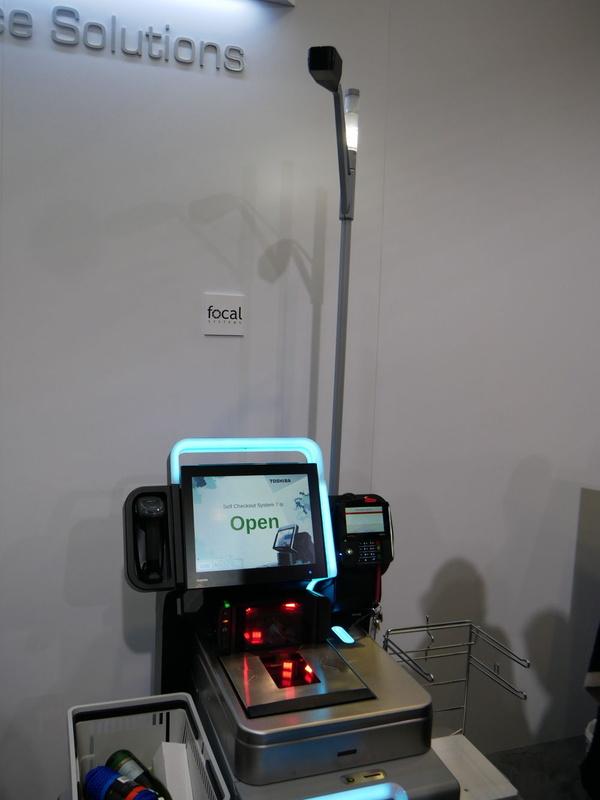センサーとともに、forcalの上部にはカメラが設置されている