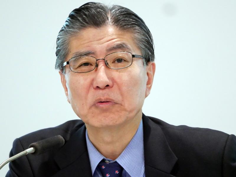 富士通の代表取締役副社長 社長補佐 CFOの塚野英博氏