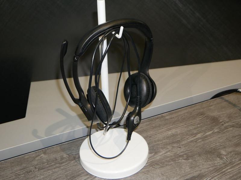 認証技術では耳の形から認証する技術も公開している