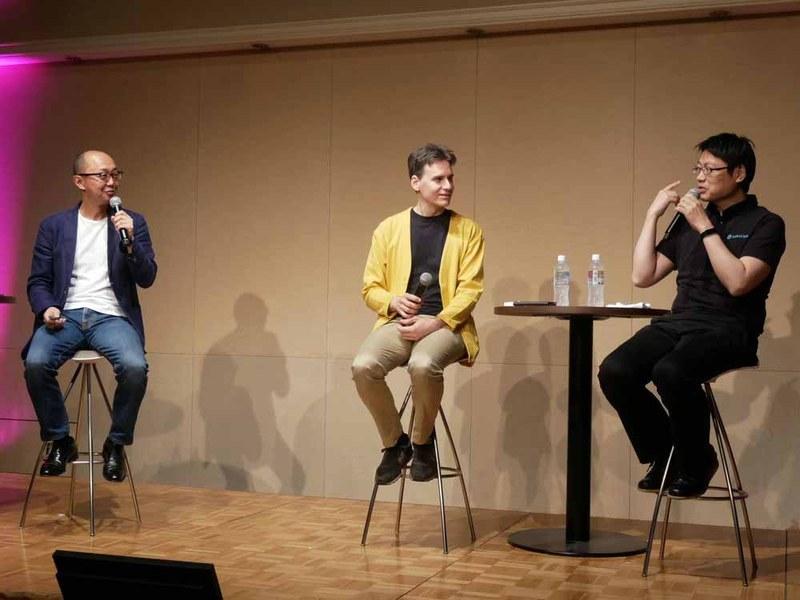 「トップエンジニア対談~テクノロジーで創る未来~」と題した基調講演を行った、(左から)ウルシステムズの漆原茂社長、ティアフォーのジェフリー・ビッグスチーフエンジニア、ソラコム 執行役員 プリンシバルソフトウェアエンジニアの片山暁雄氏
