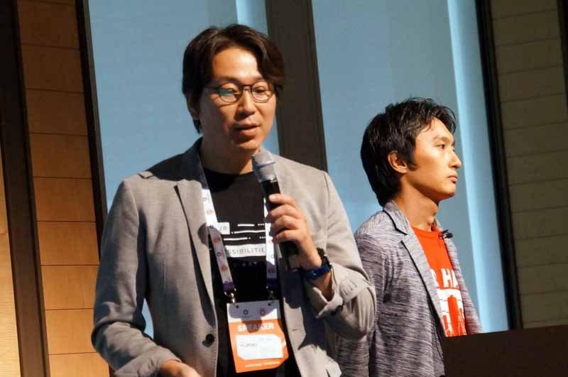 ワイジェイFX株式会社の佐藤優典氏(左)と齋藤光氏(右)