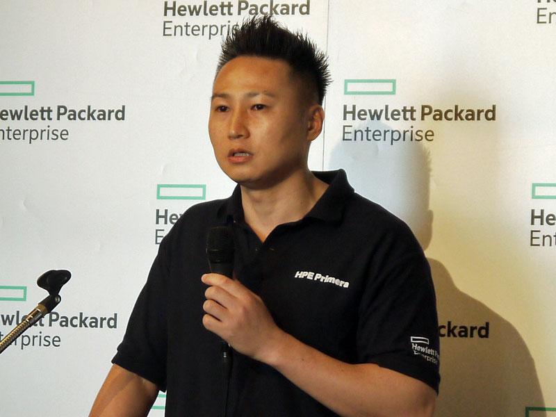 日本ヒューレット・パッカード ハイブリッドIT事業統括 ハイブリッドIT製品統括本部 製品部 カテゴリーマネージャーの加藤茂樹氏