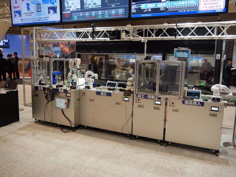 生産ラインのロボットを遠隔で操作する「DX Factory empowered by 5G」