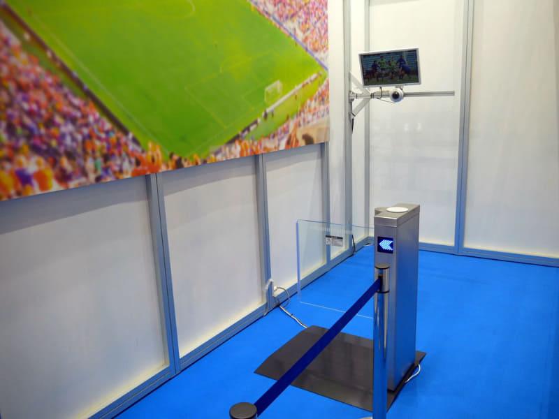 顔認証はスタジアムの入場をスムーズにし、さらにファンサービスにまでつなげることができる