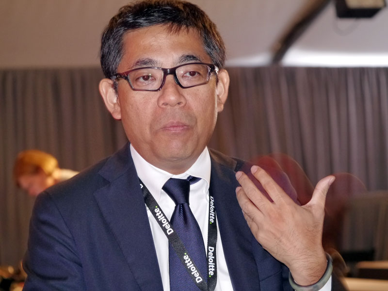 2013年のイベントにて、記者の質問に答える三澤智光氏