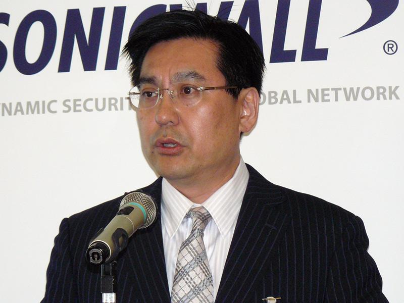 日本支社代表のマイク小池氏