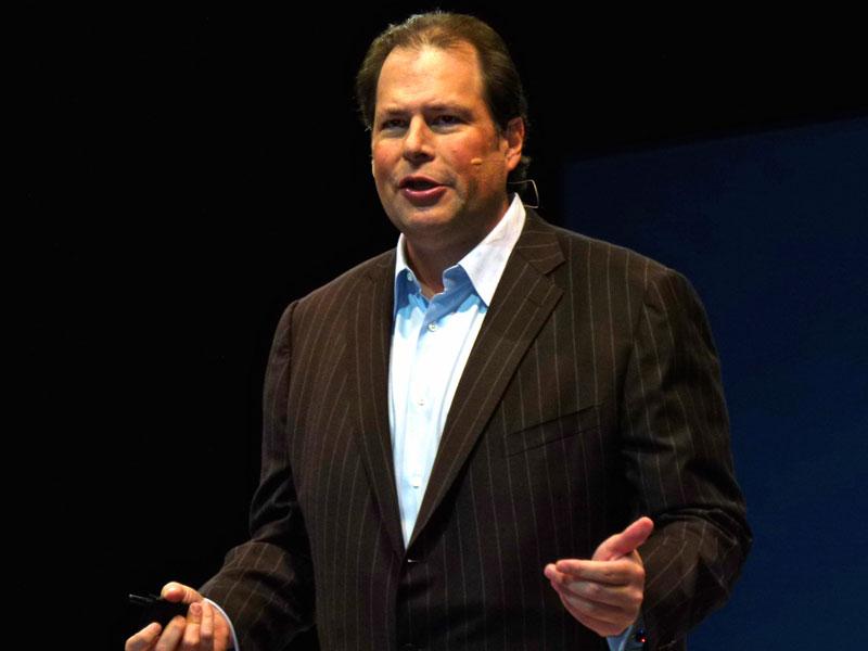 基調講演を行う米salesforce.comのマーク・ベニオフ会長兼CEO