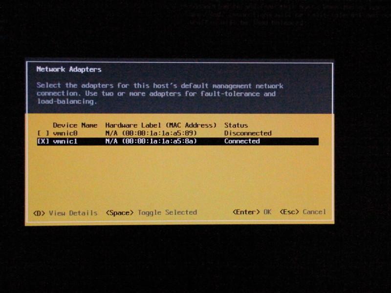 ネットワークアダプターの動作を確認。2本あるNICの内、1本が動作している