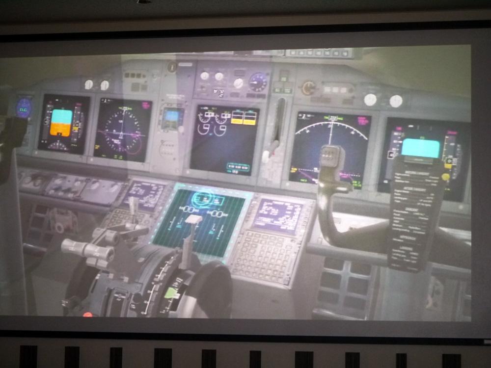 ボーイング737-800型機 運航乗務員訓練生用トレーニングツール