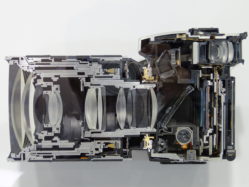 α99 IIのカットモデル