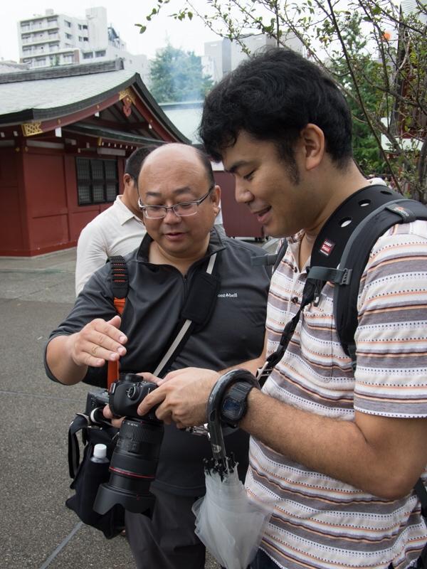 撮影の合間、礒村さんからのアドバイスも受けられた