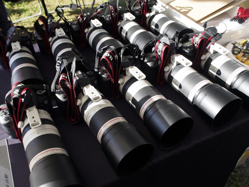 撮影会での貸し出し機材は、デジタル一眼レフカメラ「EOS 7D Mark II」と交換レンズ「EF100-400mm F4.5-5.6L IS II USM」の組み合わせだった。
