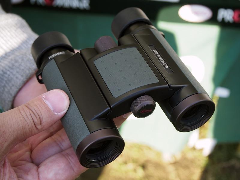 同じく10倍モデルの「GENESIS 22 PROMINAR 10×22」。