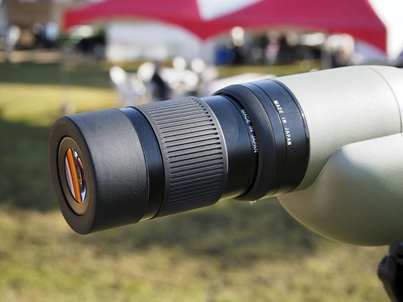TE-11WZは25〜60倍のズームに対応しており、エクステンダーを利用することで約96倍になる。