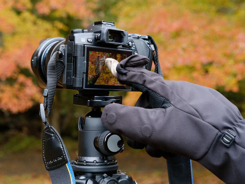 インナーキャップは、この2016-2017年モデルからタッチパネルの操作に対応。タッチパネル搭載カメラでも使用感良好だった。