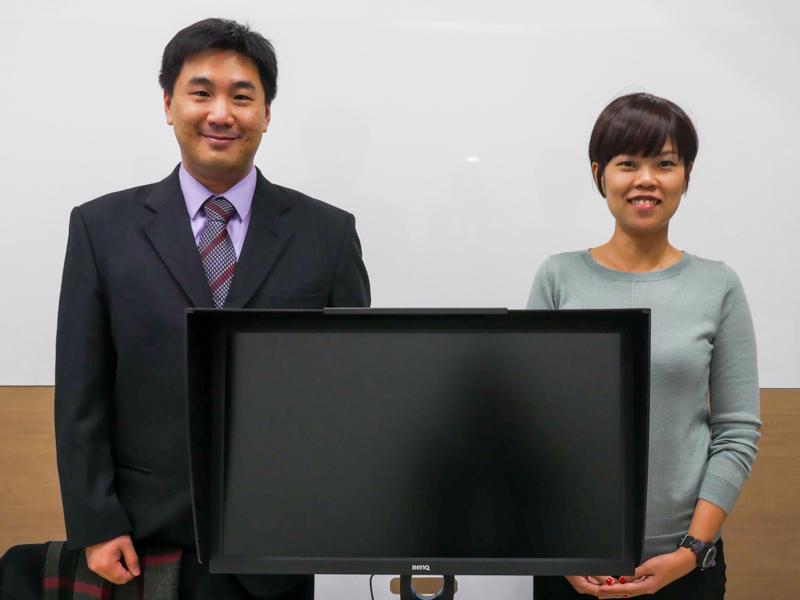 左からBenQ CorporationのChris Bais氏(Medical and Color Management, IT Disprely Products Business Unit)、同Ivy Su氏(Business Line Manager, Business Line Management Division)