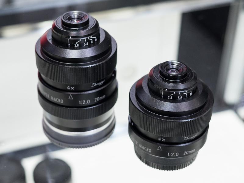 フリーウォーカー20mm F2スーパーマクロは近日発売予定。マウントは各社ミラーレスカメラ、一眼レフカメラに対応する。
