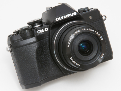 OLYMPUS OM-D E-M10 Mark III(外観・機能編)