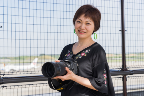女性写真家が航空機撮影で「SIGMA 100-400mm F5-6.3 DG OS HSM」を使ったら