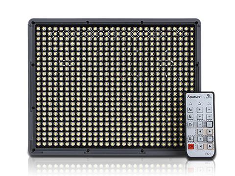 Aputure、リモコン操作に対応したLEDライト Amaran HR672W/C