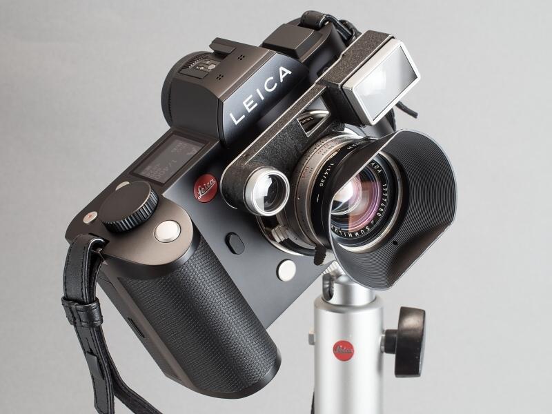 掲載した作品を撮った時のレンズはコレ。ライカSLにはメガネは不要だけど、同じ初代ズミルックス35mmでもメガネ付きの方が最短撮影距離が短いので好きだ。
