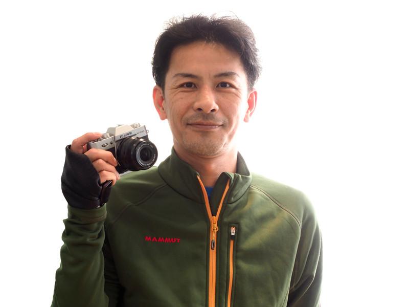 愛機FUJIFILM X-T20と並木隆さん。