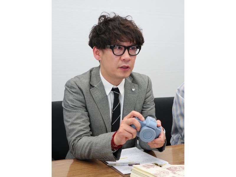 デザインを担当した髙谷慶太氏。