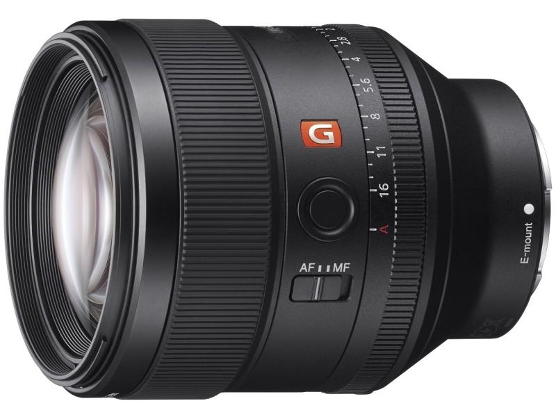 FE 85mm F1.4 GM。2016年4月発売。実勢価格は税込22万円前後。