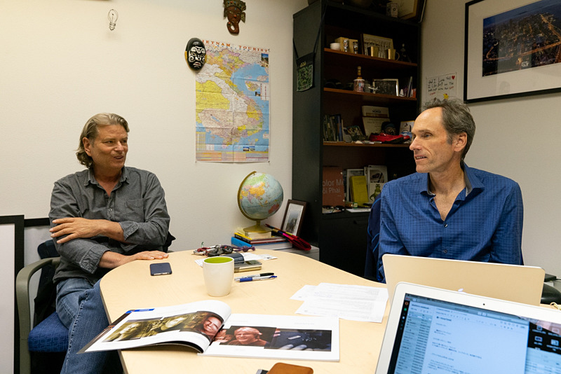 シンクタンク/マインドシフトCEO兼リードデザイナーのDoug Murdochさん(右)、シンクタンク創業メンバーのKurt Rogersさん(左)。