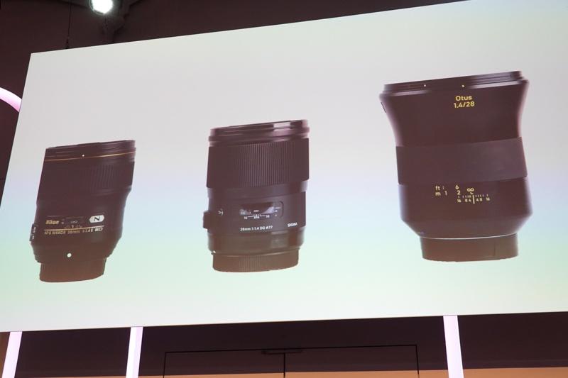 AF-S NIKKOR 28mm f/1.4E EDとOtus 1.4/28をライバルとして挙げた。