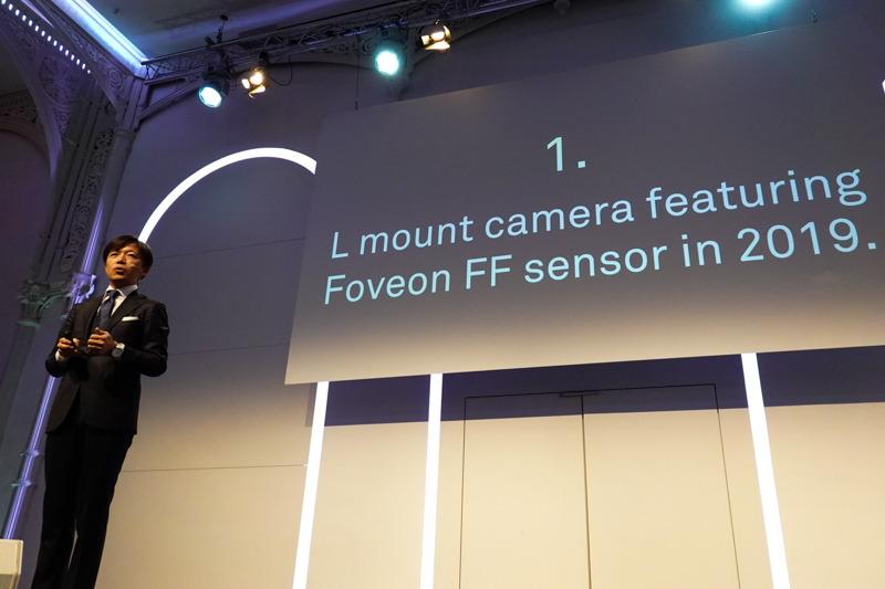 Foveonセンサー搭載の35mmフルサイズミラーレスを予告した、シグマの山木和人代表取締役社長。