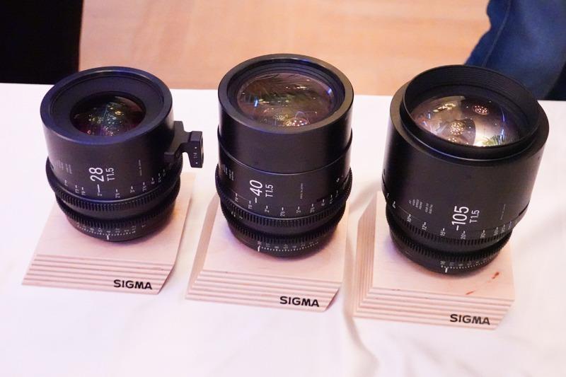 シネレンズにも3本が追加。40mmは今回発表のArtレンズに光学系が継承され、ほかの2本は写真用として発売済みのレンズ光学系を継承している。