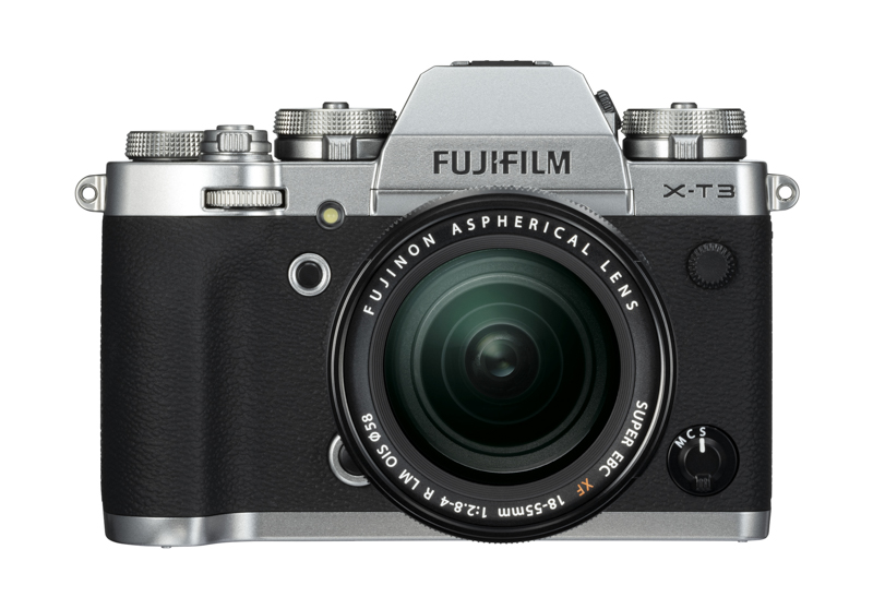 X-Trans CMOSセンサーの最新世代「X-Trans CMOS 4」を搭載するミラーレスカメラ「FUJIFILM X-T3」。