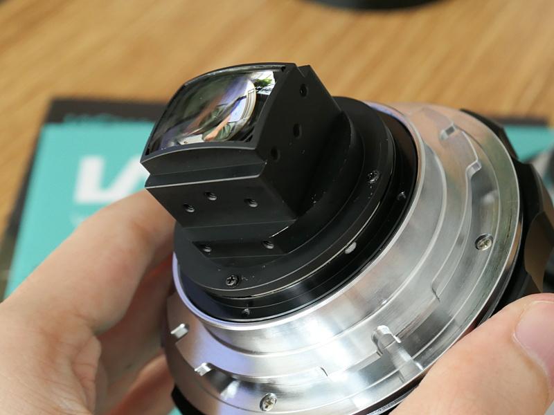 25-100mm T2.9などのLAOWAシネレンズに使えるアナモフィックアダプターの試作品。