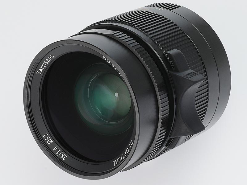 取り付けイメージ。レンズは七工匠 7Artisans 28mm F1.4 ASPH