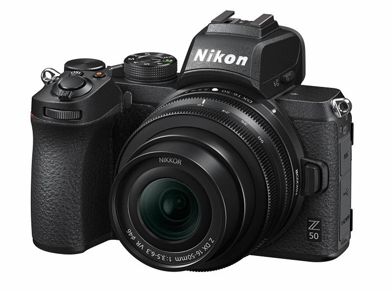 NIKKOR Z DX 16-50mm f/3.5-6.3 VRをNikon Z 50に装着(撮影時)。
