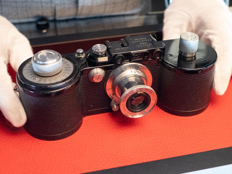 Lot.31 ライカ250GGレポーター。10mの長尺フィルムを使うモデル。落札予想価格は1万2,000〜1万4,000ユーロで、落札価格は9,000ユーロ。